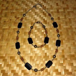 Beaded Necklace & Matching Bracelet Set!